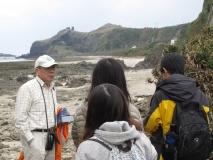 劉所長為同學解釋地景